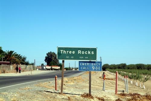 3Rocks1.jpg