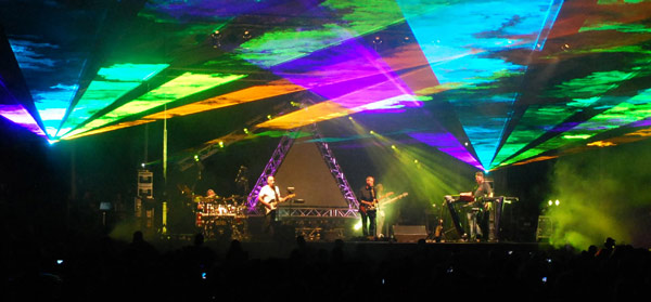 Pink-Droyd-Promo-Image-Rainbow-Lasers-copy.jpg